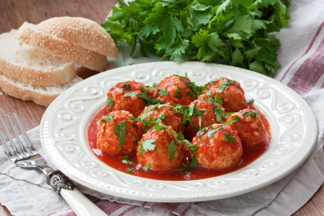 Canederli al sugo: la ricetta rivisitata del piatto dell'Alto Adige