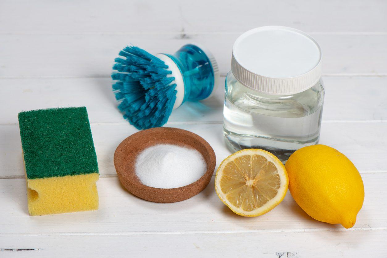 Come eliminare il calcare da pentole, padelle e utensili da cucina: 5 metodi infallibili