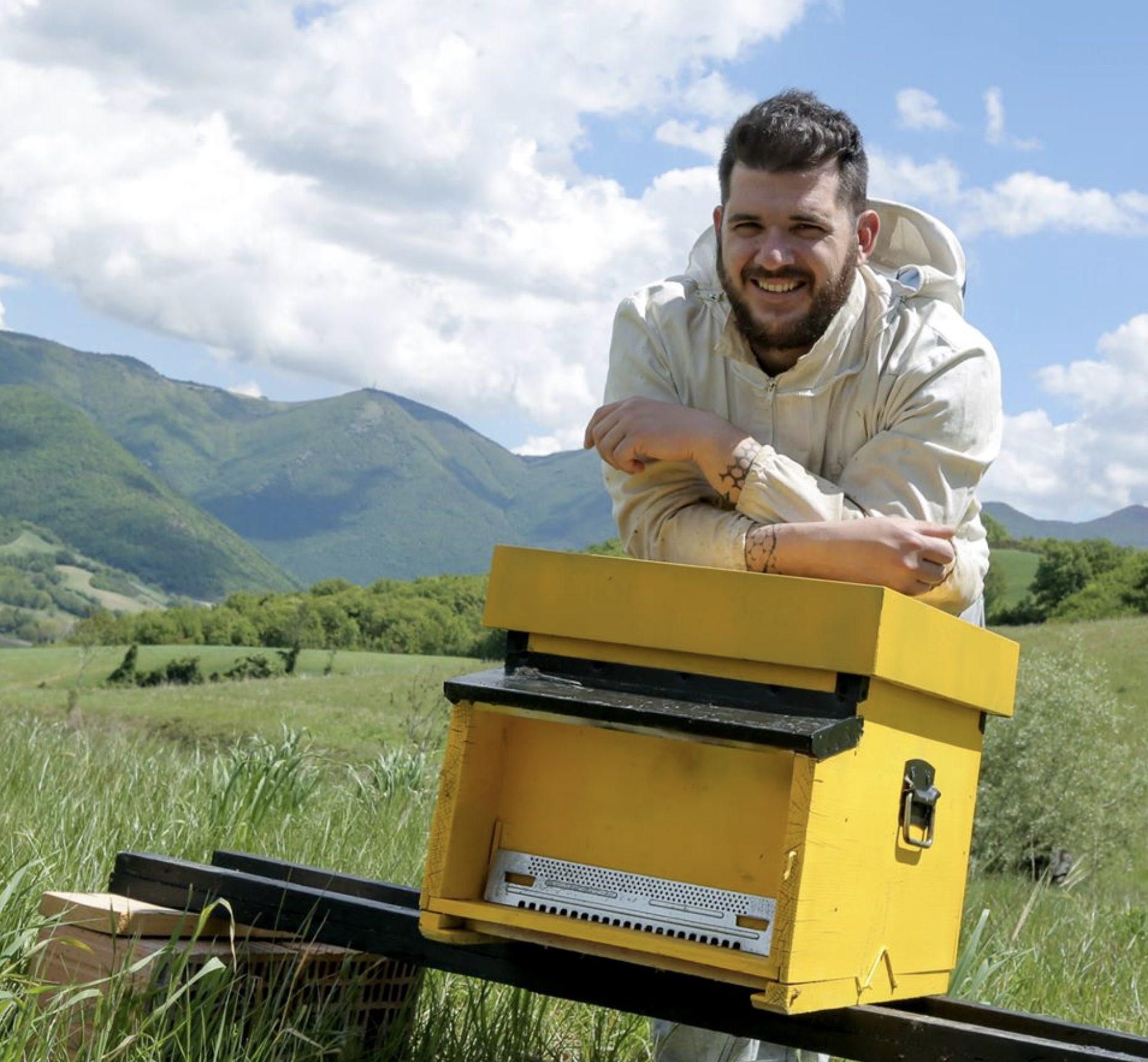 Giorgio Poeta, l'uomo che sussurra alle api