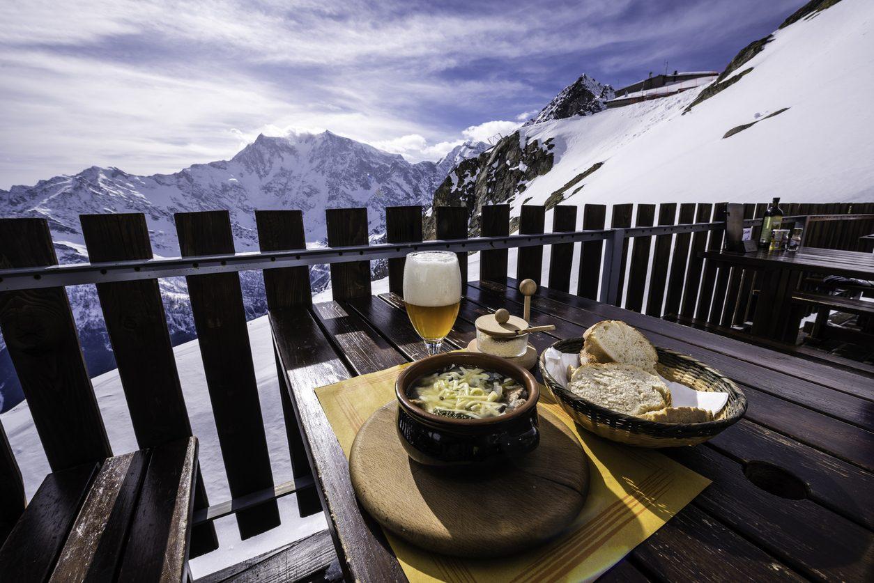 Mangiare in montagna: ristoranti, rifugi e chalet da non perdere