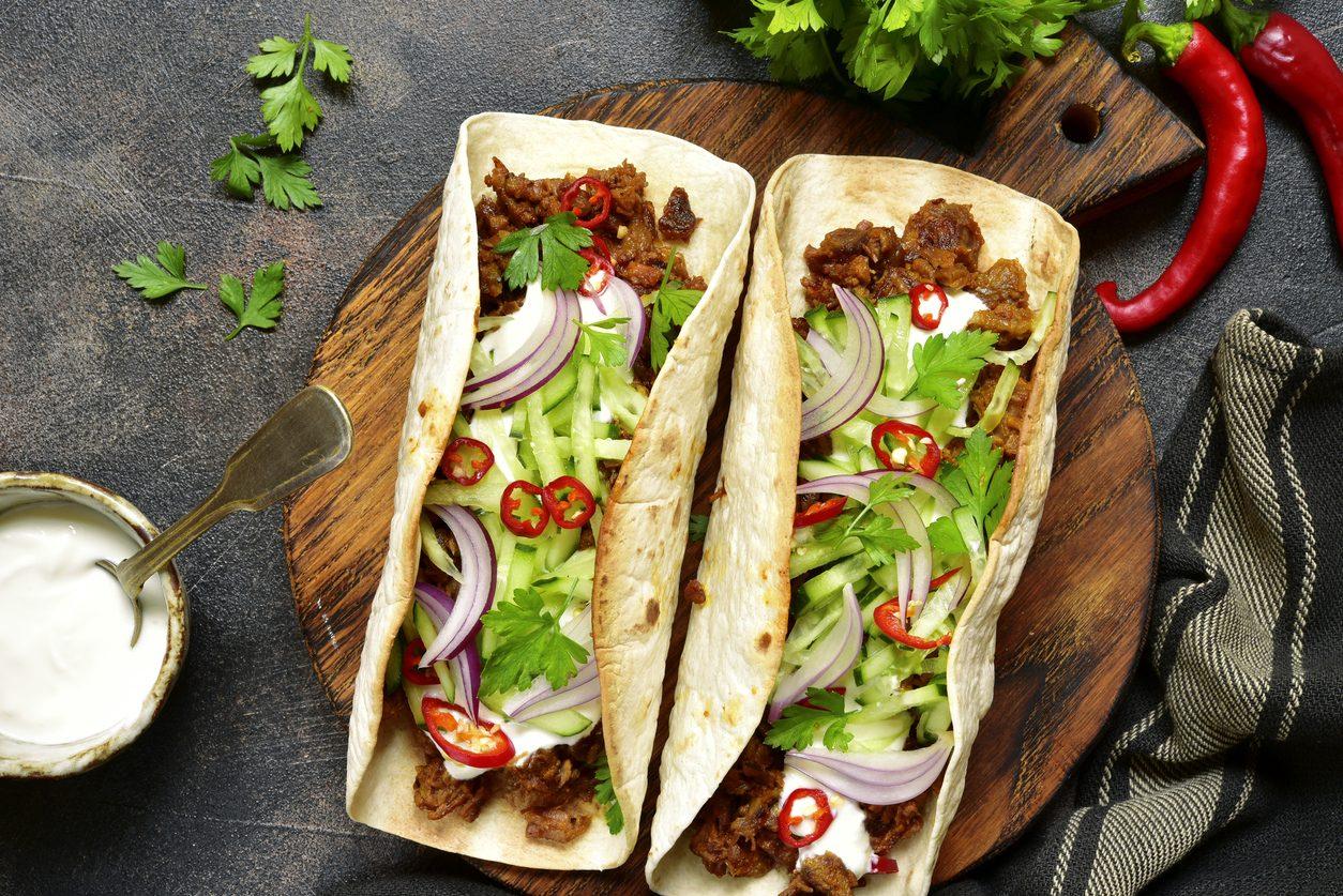Tacos con pulled pork: la ricetta del piatto messicano che incontra la Southern kitchen