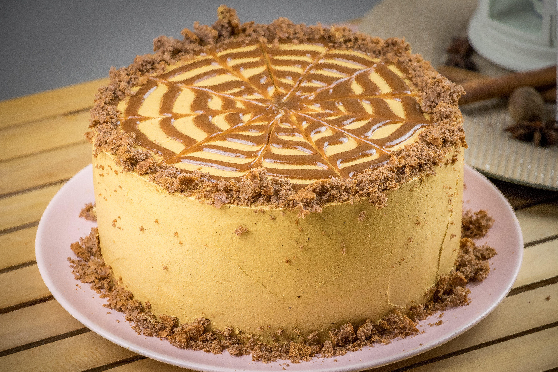 Torta al dulce de leche: la ricetta della torta soffice ispirata al dessert sudamericano