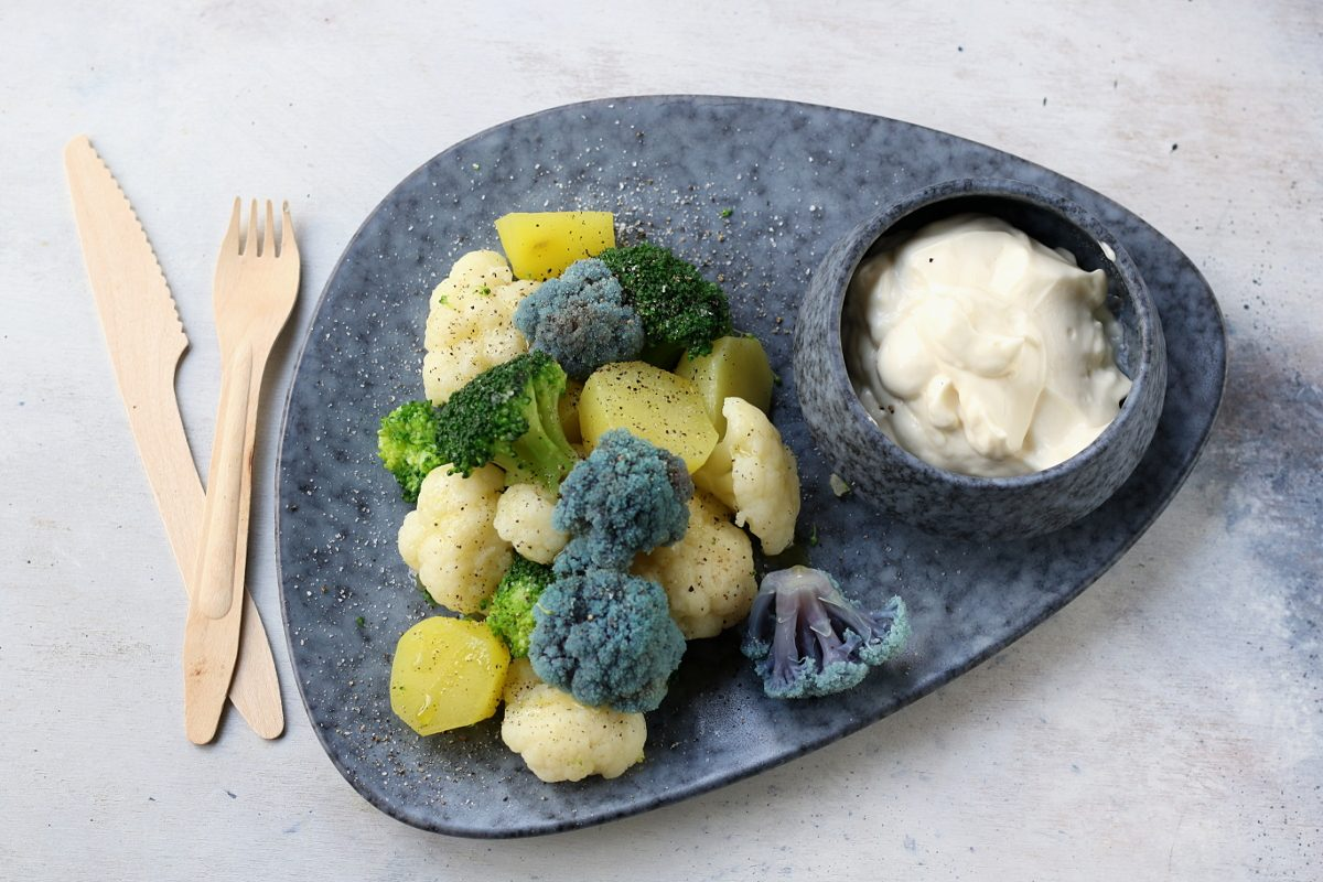 Verdure cotte al vapore: la ricetta velocissima e golosa grazie alla maionese senza uova