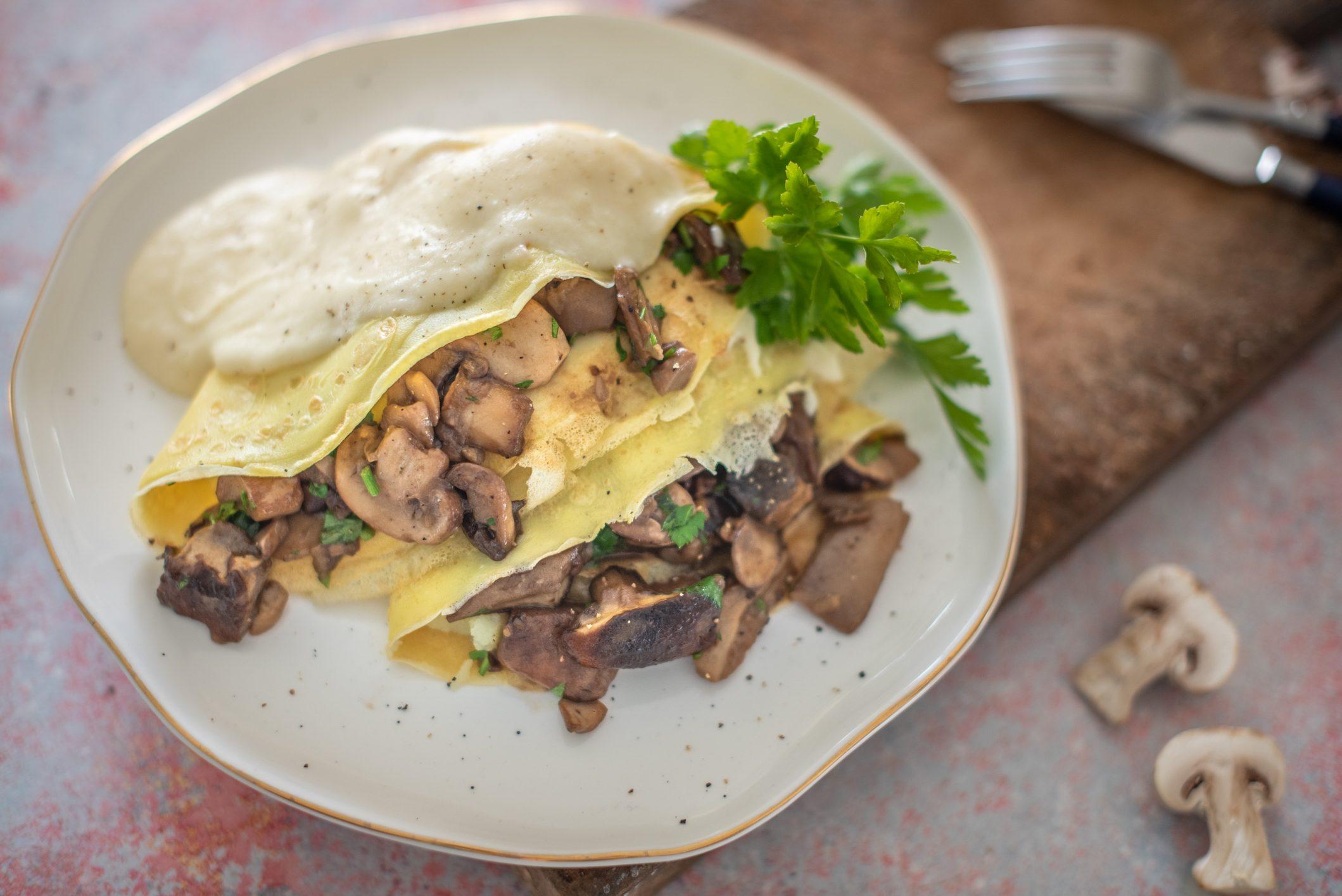 Crespelle ai funghi: la ricetta semplicissima per una cena elegante e sfiziosa