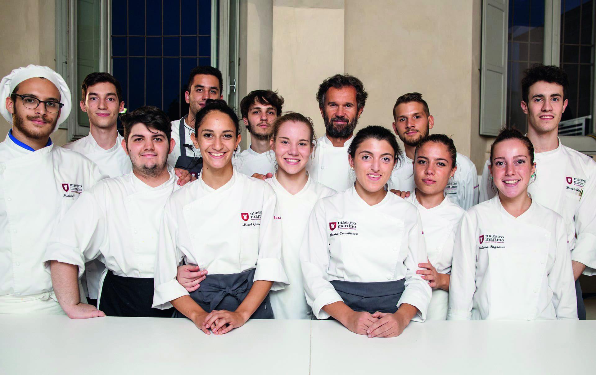 La scuola di Carlo Cracco apre il suo ristorante a San Valentino: ecco il menu e il prezzo