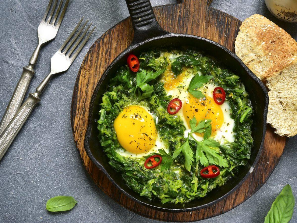 Cosa Cucinare Per Molte Persone 10 secondi piatti con le uova: ricette semplici e invitanti per fare il  pieno di gusto