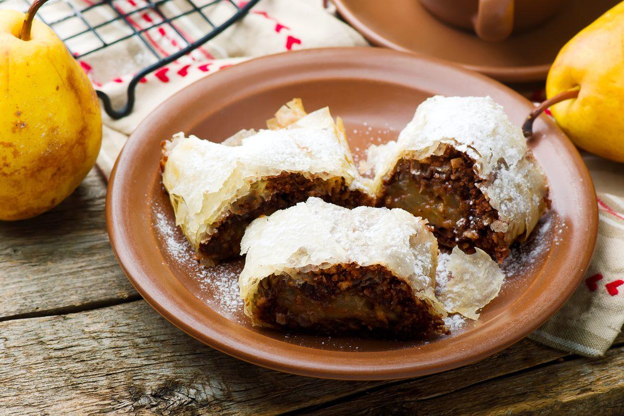 Strudel di pere e cioccolato: la ricetta rivisitata del dolce austriaco