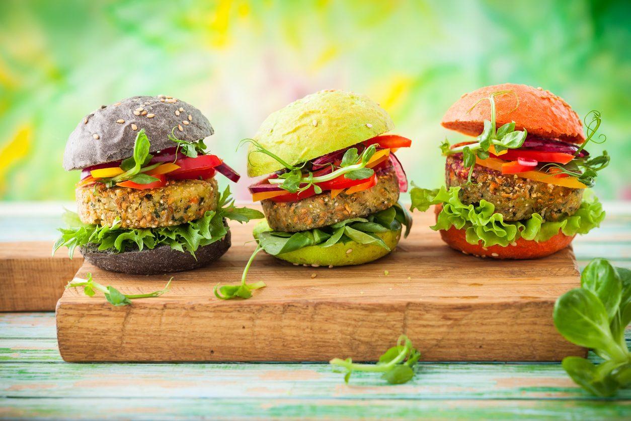 Il veganismo è un credo religioso e filosofico? Il caso in tribunale nel Regno Unito