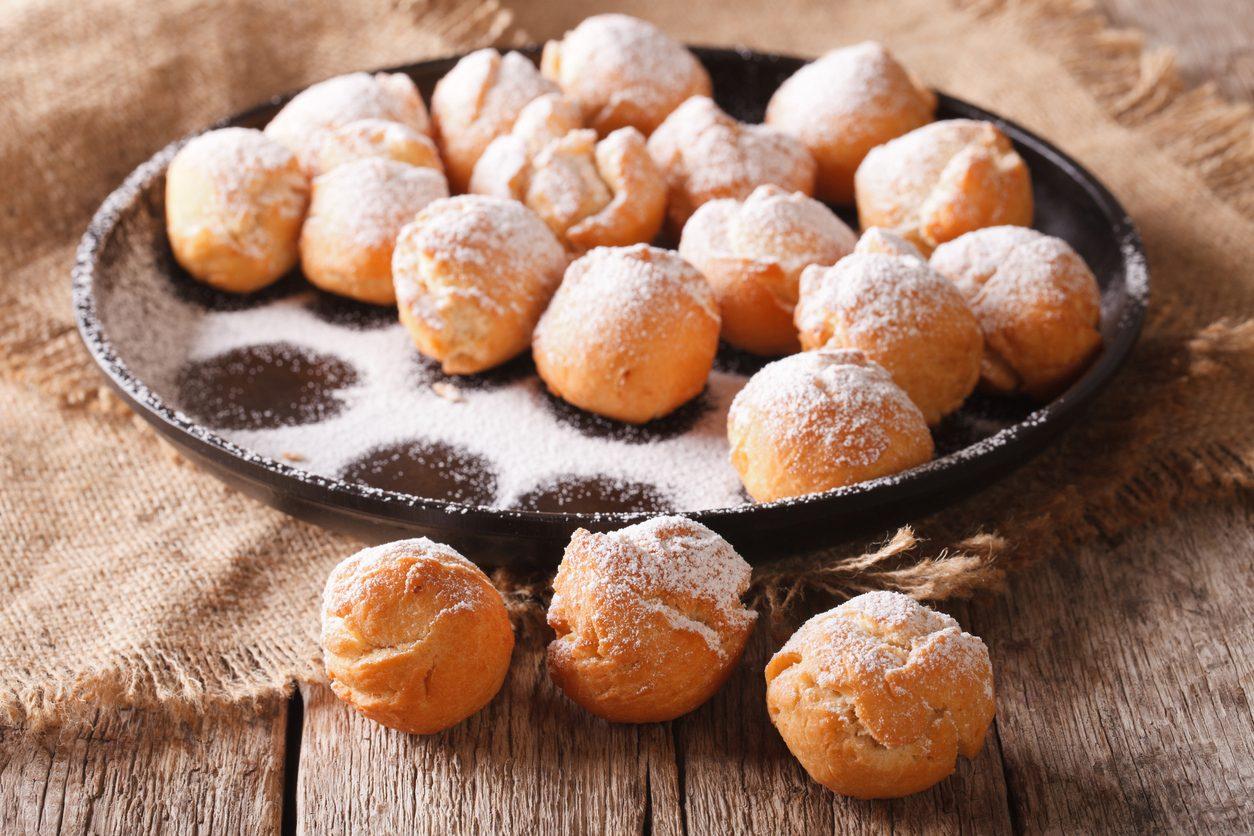 Frittelle alla panna: la ricetta dei dolcetti sofficissimi e veloci