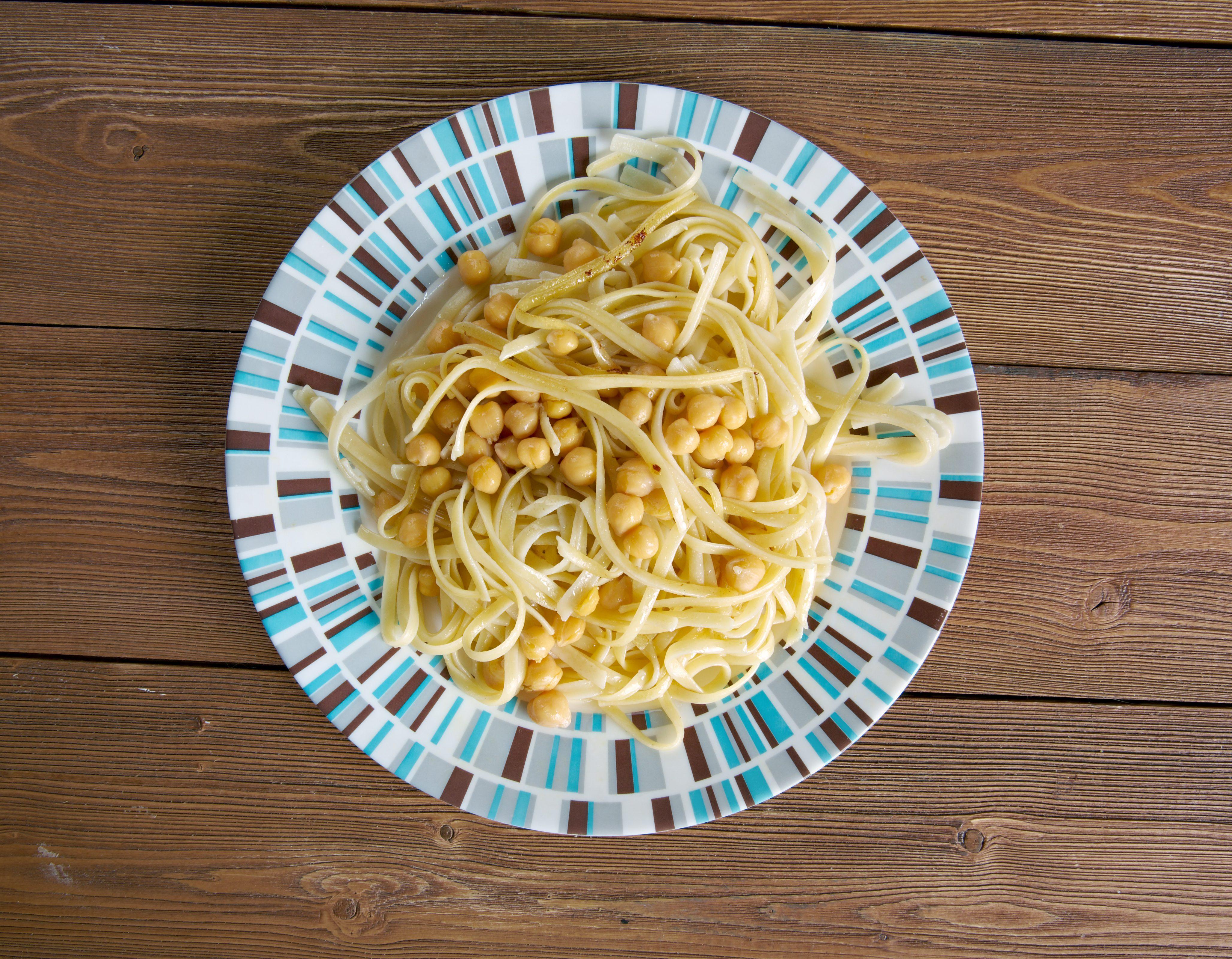 Ciceri e tria: piatti tipici pugliesi