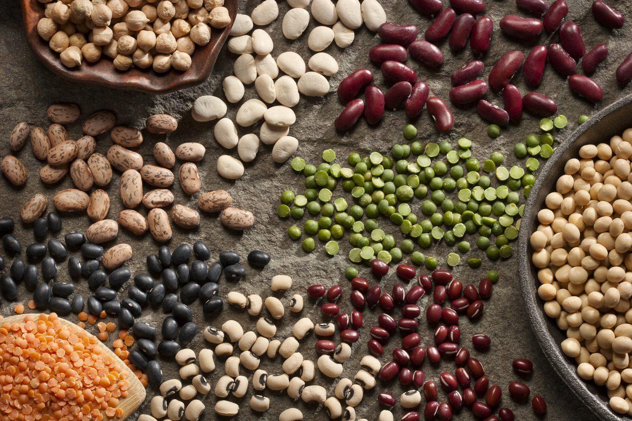 Come cuocere i legumi secchi per conservarne le proprietà