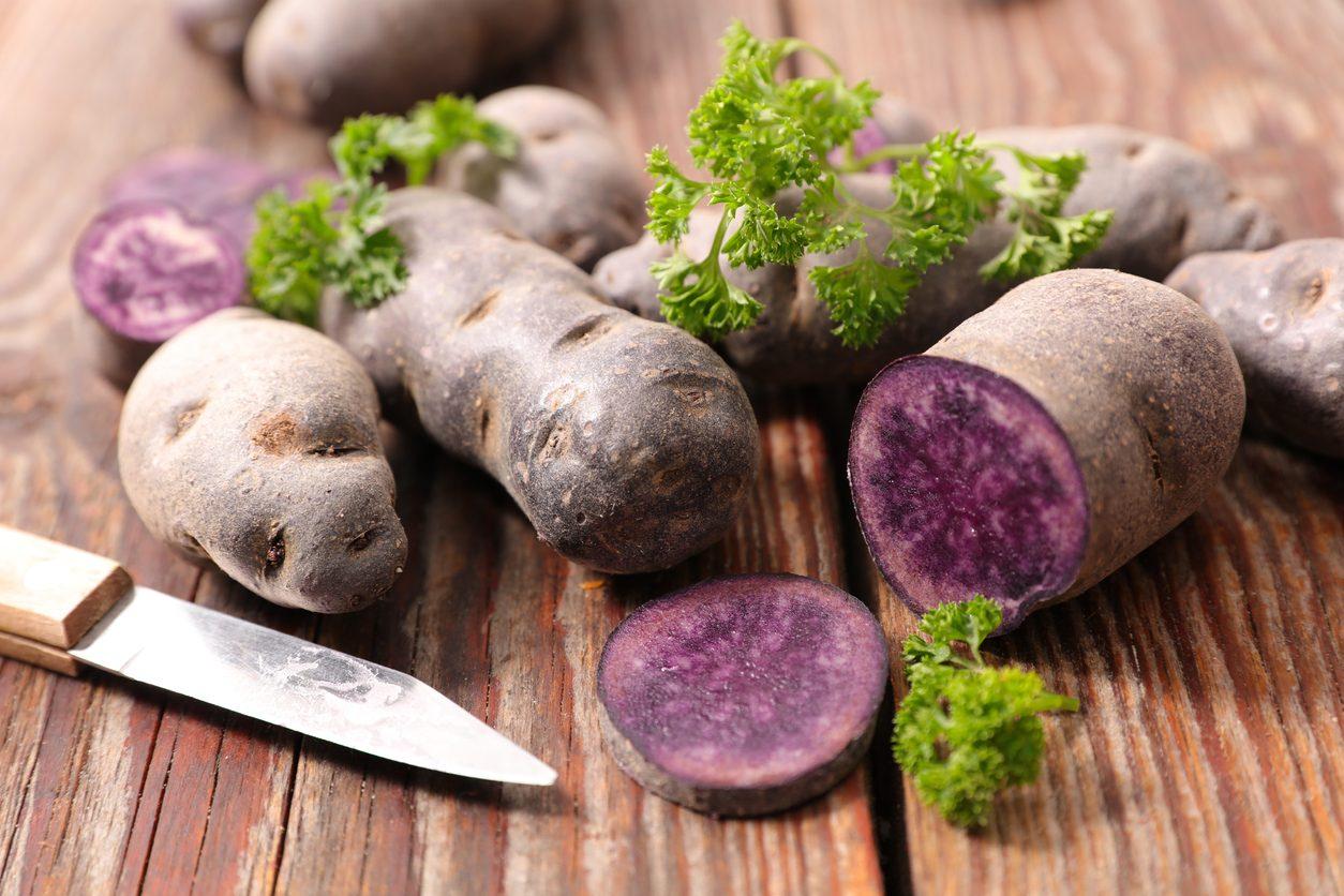 Patate viola: proprietà, benefici e i migliori usi in cucina