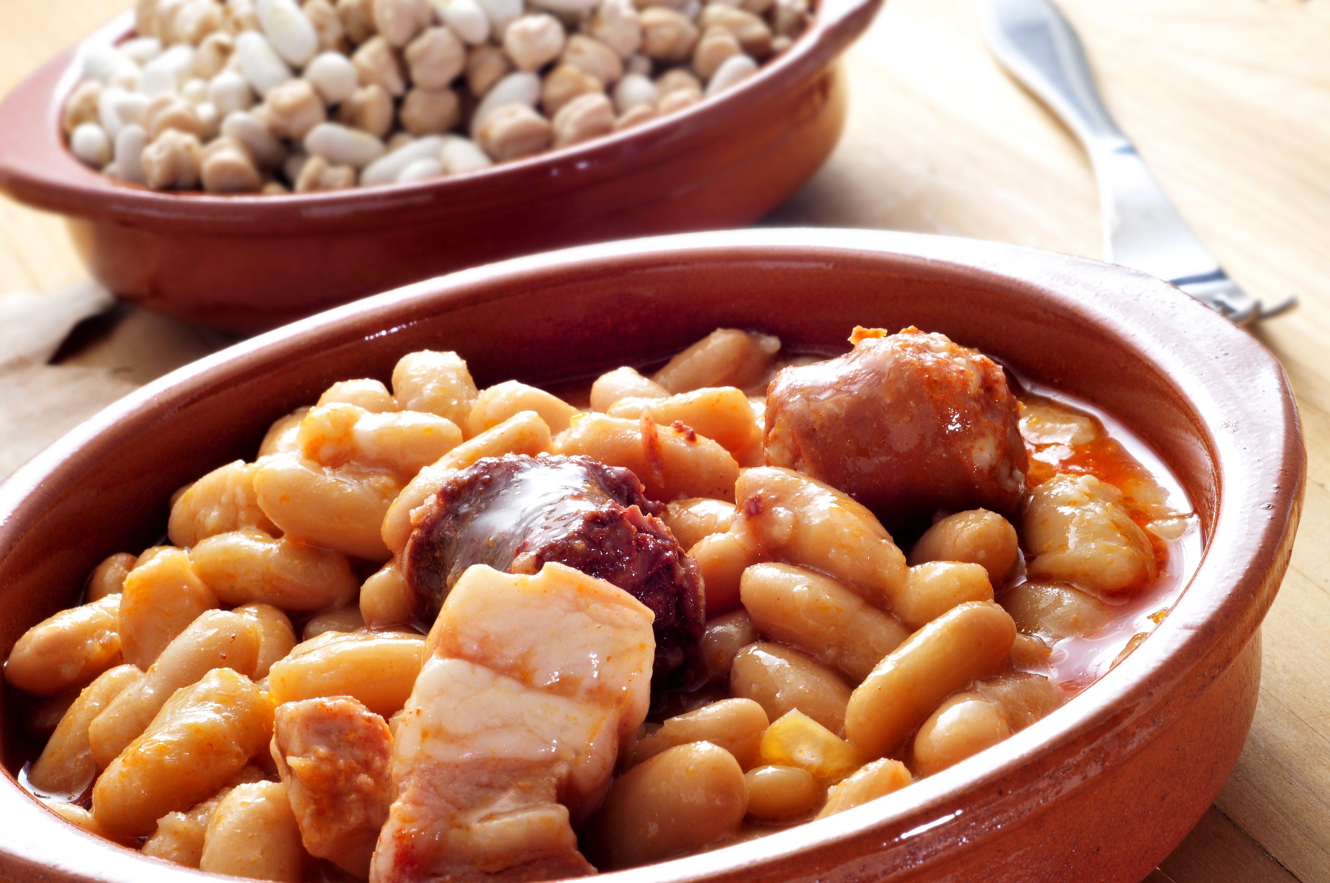 Cucina spagnola, i piatti tipici: Fabada asturiana