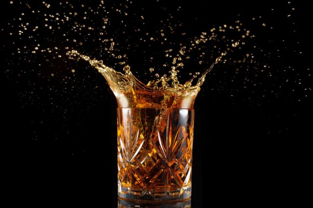 Tutto sul Rum: storia, produzione, tipologie e i migliori in commercio