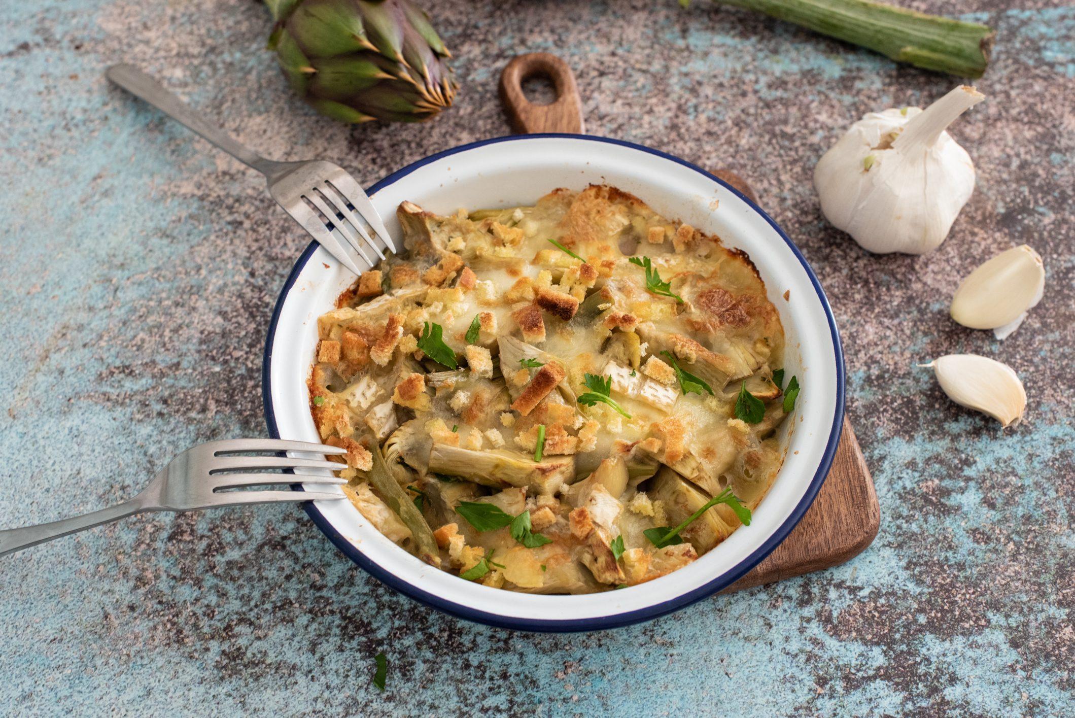 Timballo di carciofi e mozzarella: la ricetta del secondo goloso da fare in anticipo