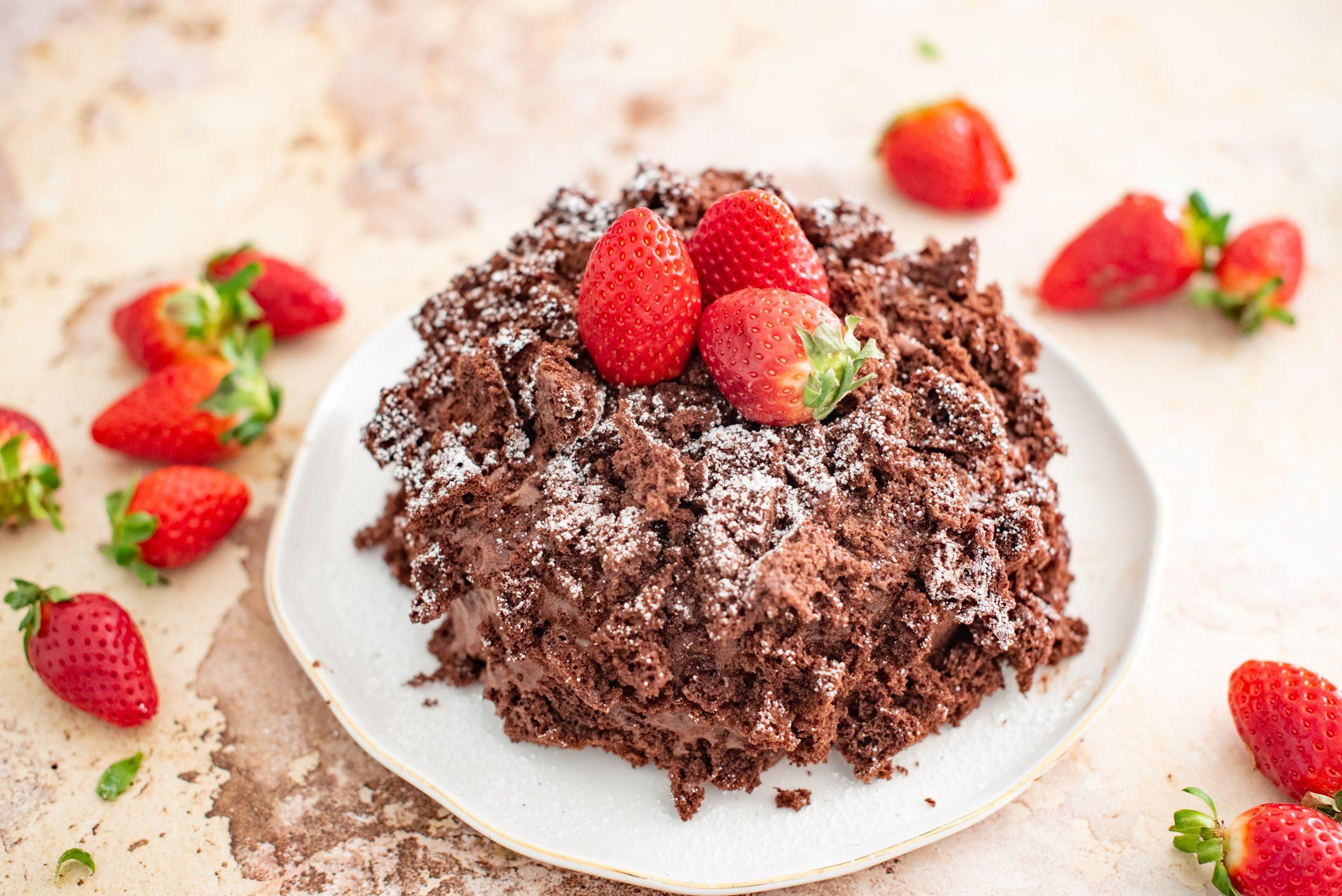 Torta mimosa al cioccolato: la ricetta del dolce semplice e goloso dedicato alle donne