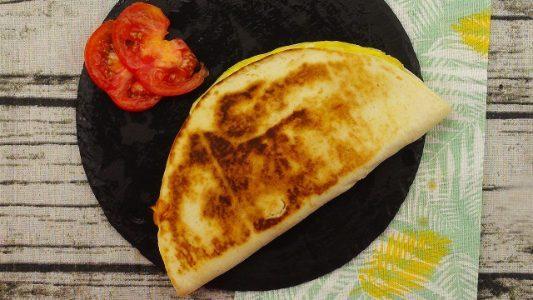 Piadina omelette: la ricetta del secondo piatto veloce e appetitoso