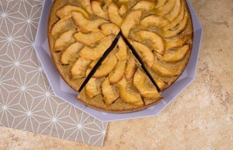 Torta di mele frullate: la ricetta del dolce soffice e delizioso