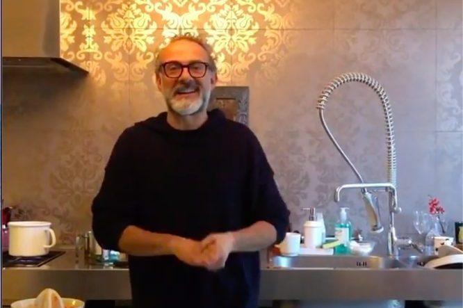 Coronavirus, Massimo Bottura tiene lezioni di cucina casalinga in quarantena