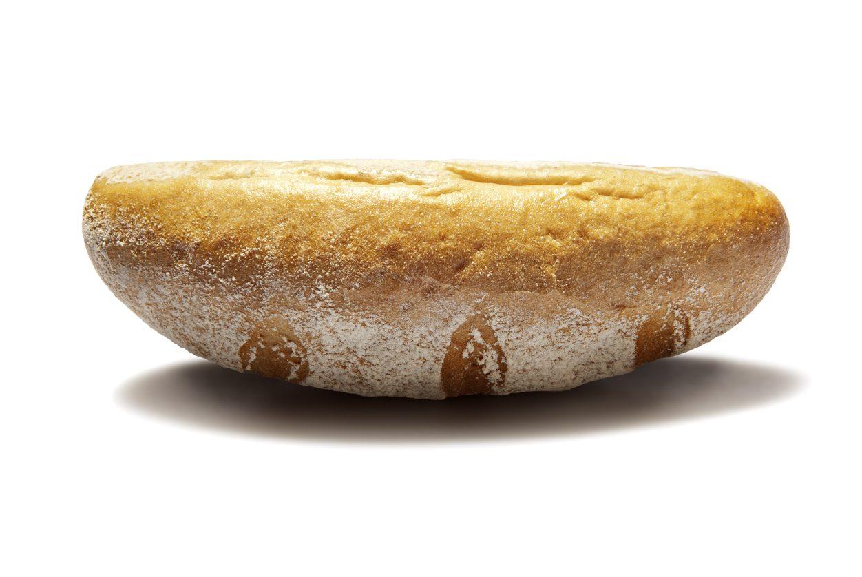 Pane capovolto a tavola, sapete perché la tradizione lo vieta?