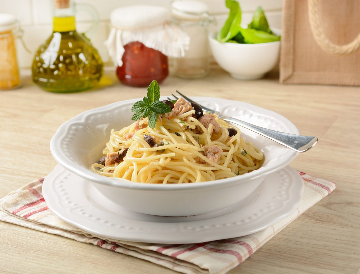 Pasta tonno e limone: la ricetta salvacena