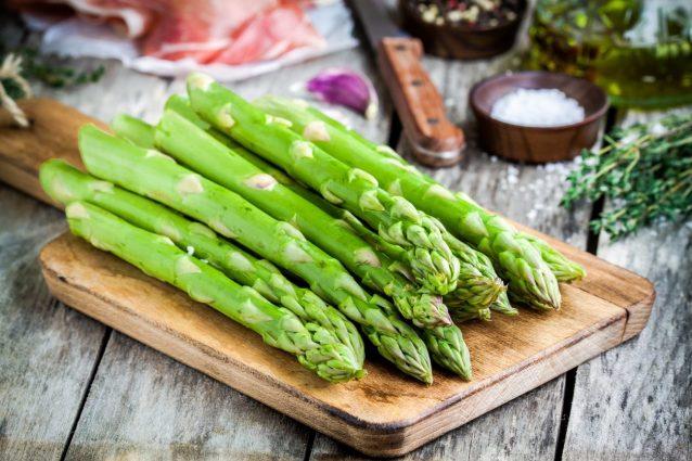 Cosa comprare al mercato a marzo: verdura, frutta e pesce di stagione