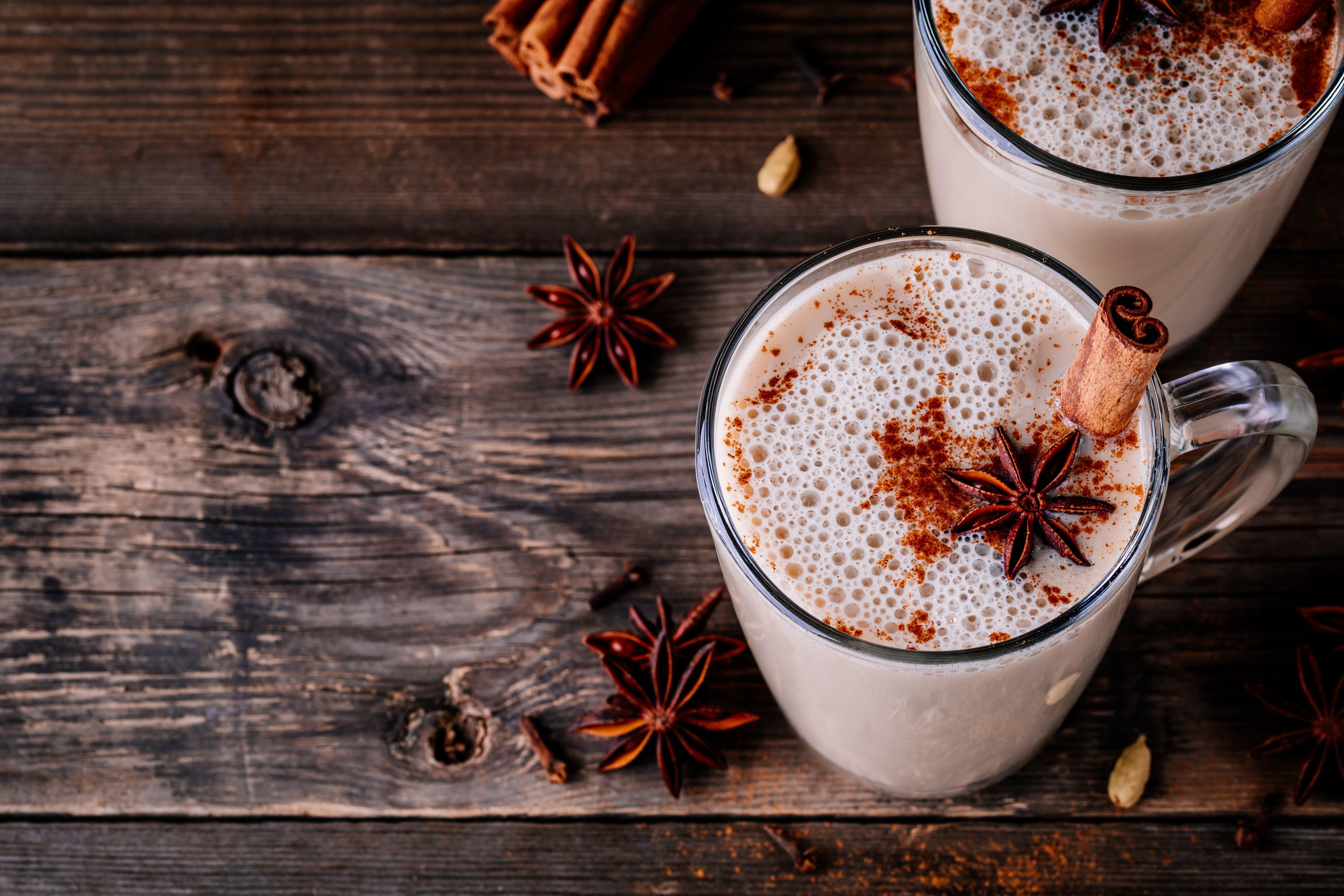 7 benefici del tè chai: le virtù della bevanda indiana