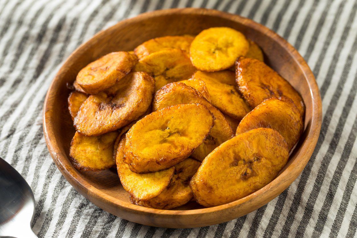 Banane fritte: la ricetta semplice e versatile, da gustare in versione dolce o salata