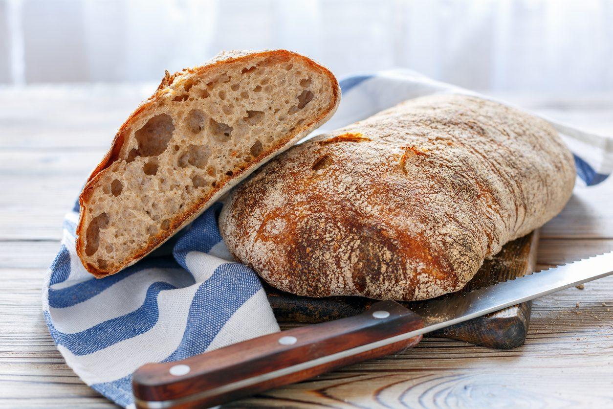 Pane ciabatta: la ricetta per farlo in casa