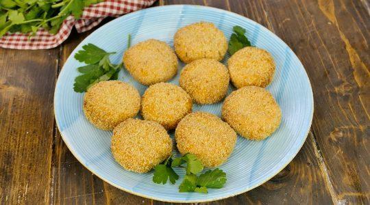 Polpette di ricotta al forno: la ricetta del secondo piatto leggero e sfizioso