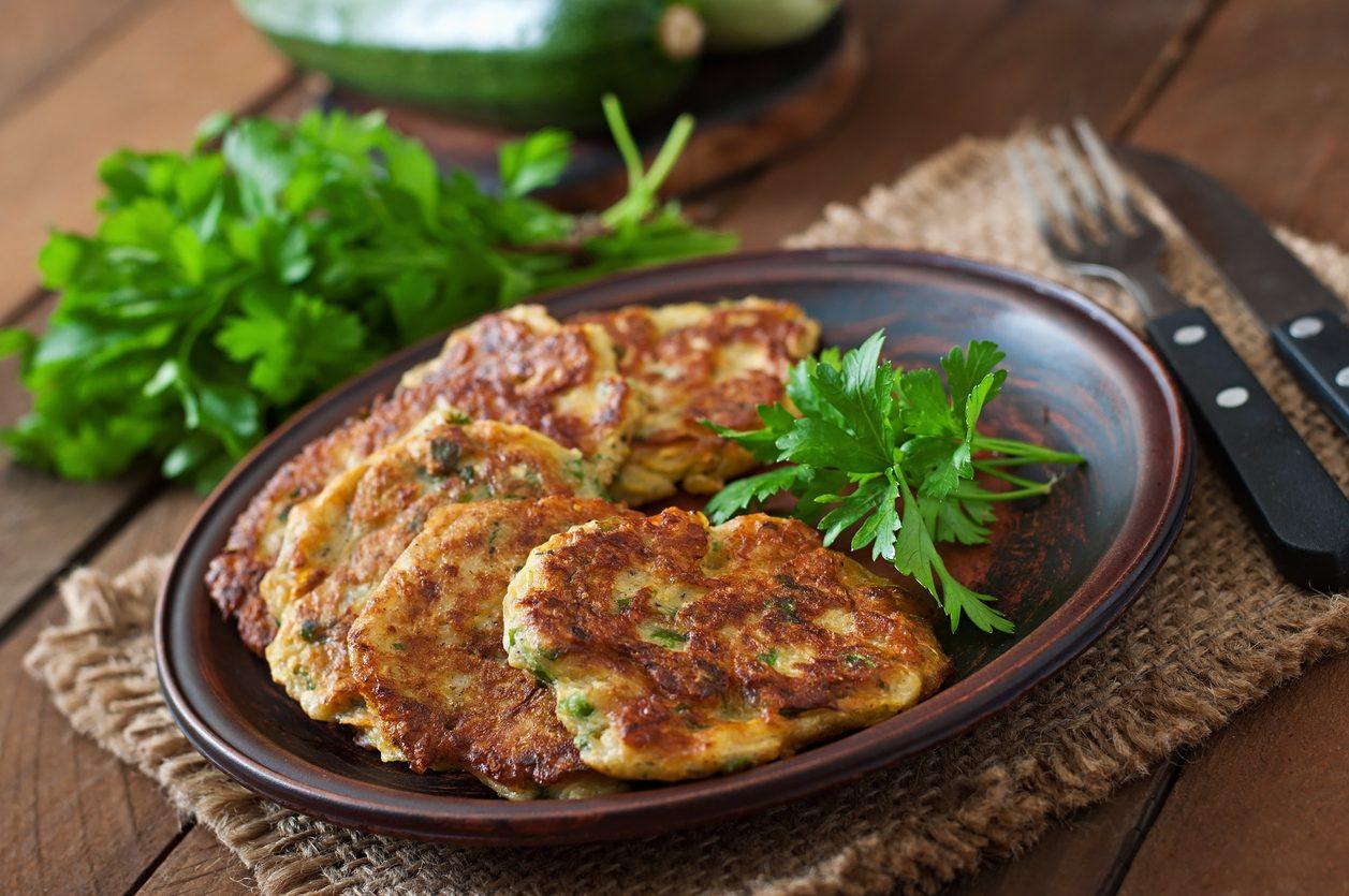 Rösti di patate e zucchine: la ricetta semplice e saporita, pronta in pochi minuti