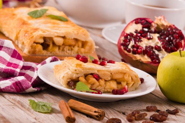 Torta viennese alle mele: la ricetta del dolce veloce