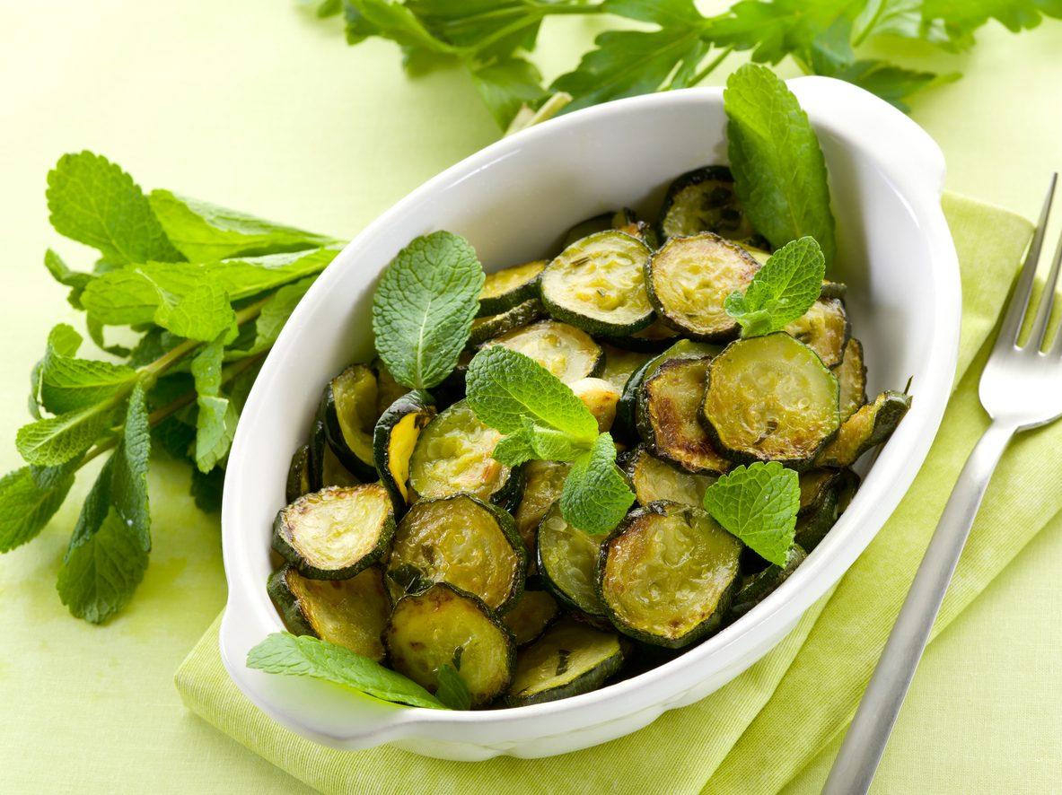 Zucchine alla poverella: la ricetta del piatto tipico della tradizione contadina pugliese