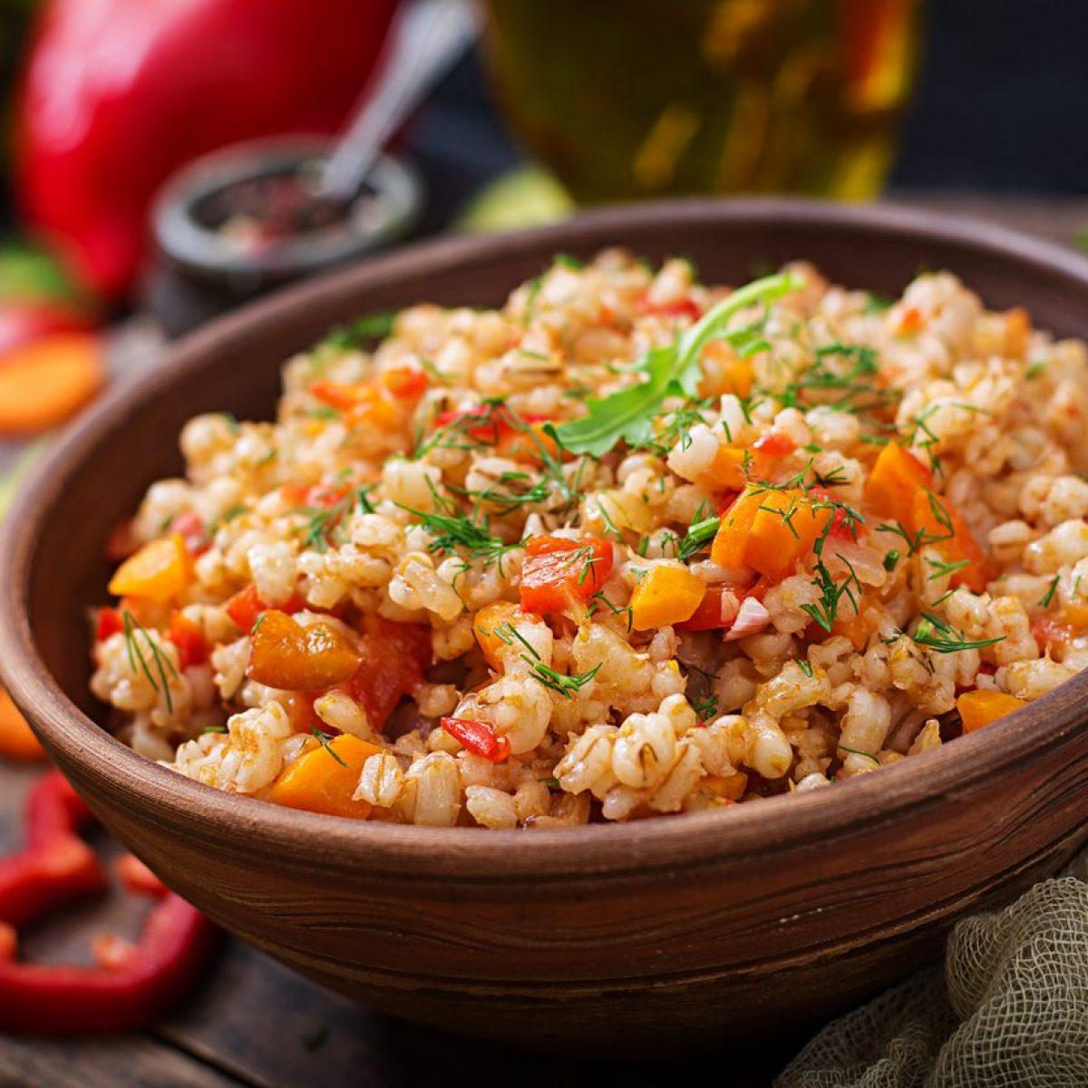 Ricette Orzo Vegetariano.Insalata Di Orzo La Ricetta Per Un Piatto Unico Light E Veloce