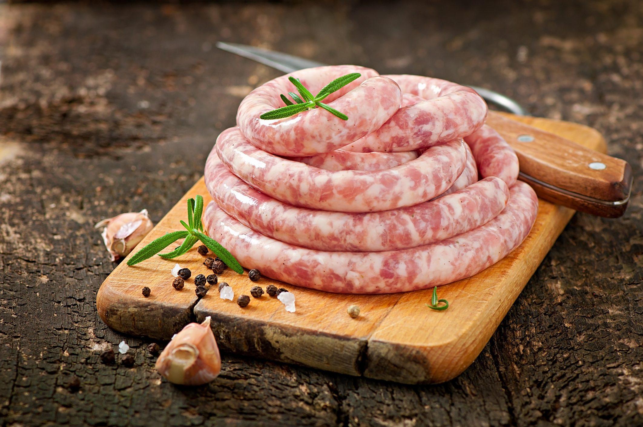 Luganega: la salsiccia tipica del Nord Italia che ha radici in Basilicata