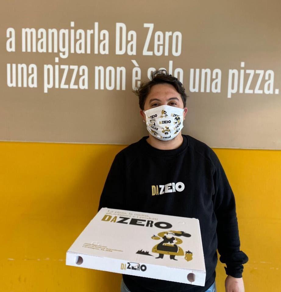 Insieme alla pizza arrivano le mascherine. L'iniziativa della pizzeria cilentana Da Zero