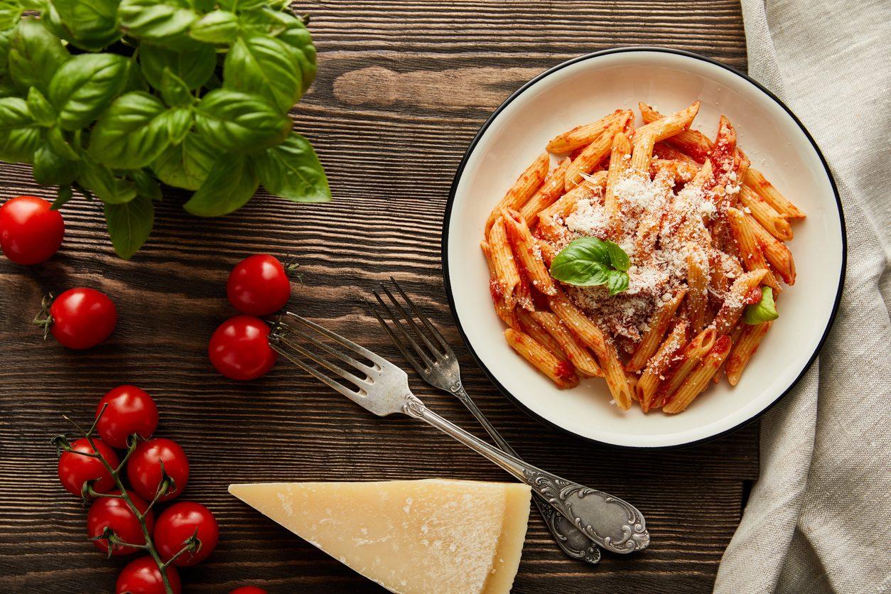 Primi piatti con pochi ingredienti: 12 ricette da sperimentare