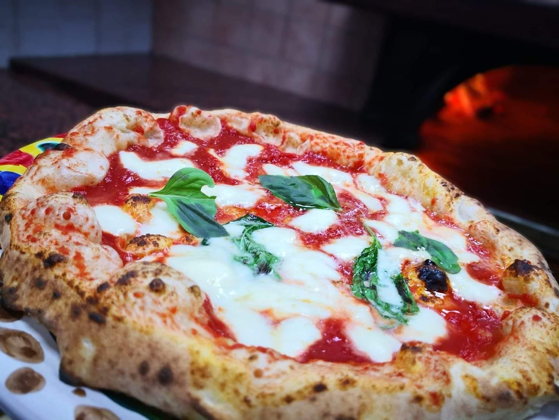 In Campania torna il delivery: forni accesi da lunedì 27 aprile