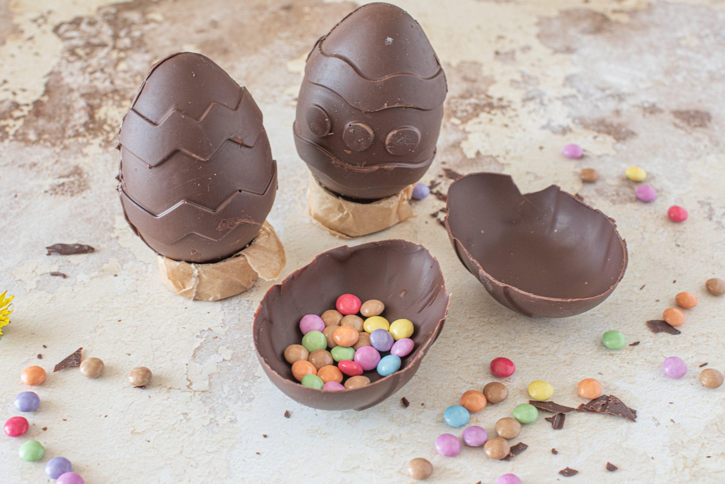 Come fare le uova di cioccolato a casa per Pasqua