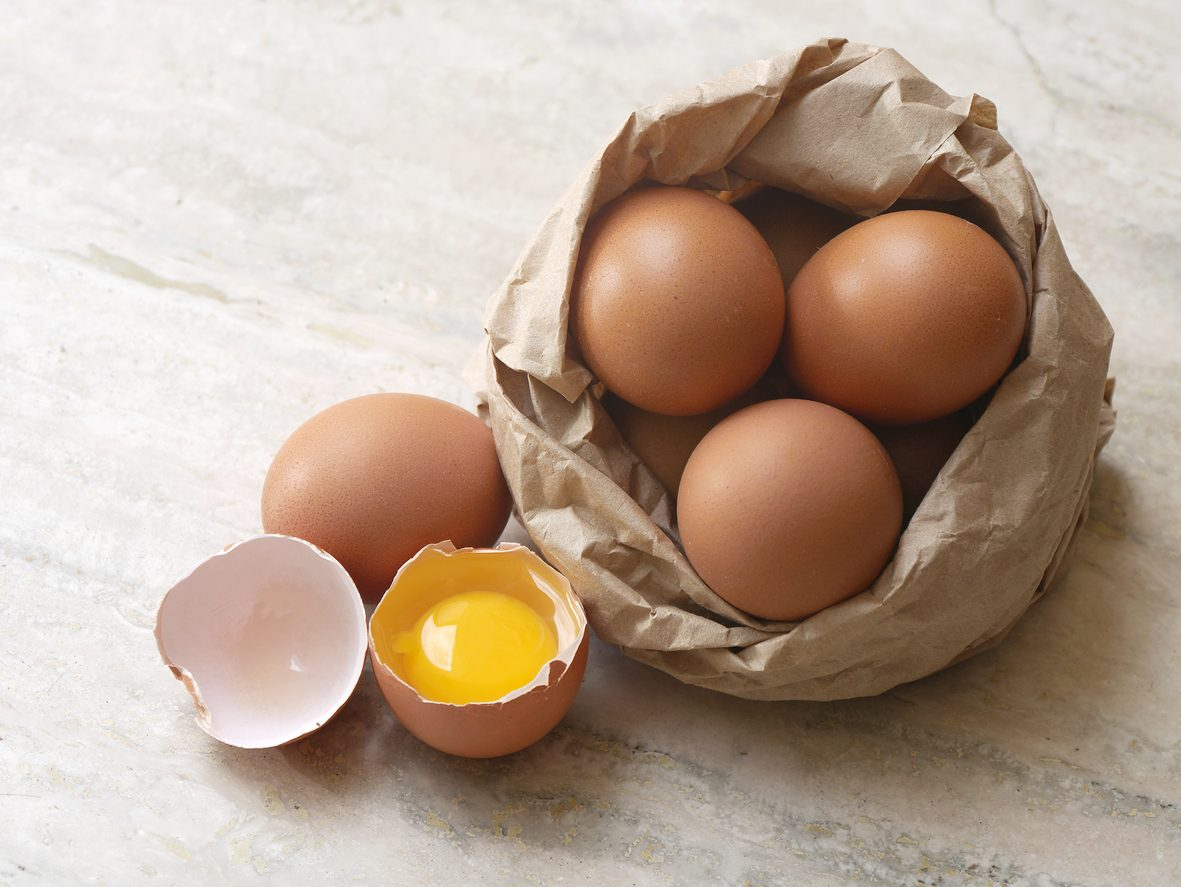 Come capire se le uova sono fresche: 4 trucchi fai da te