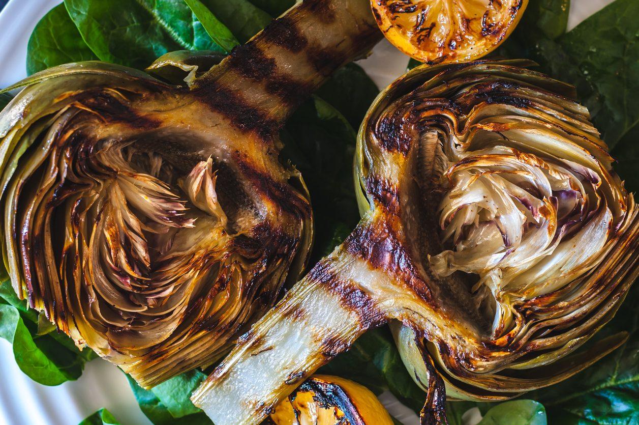 Carciofi grigliati: la ricetta del contorno leggero, saporito e versatile