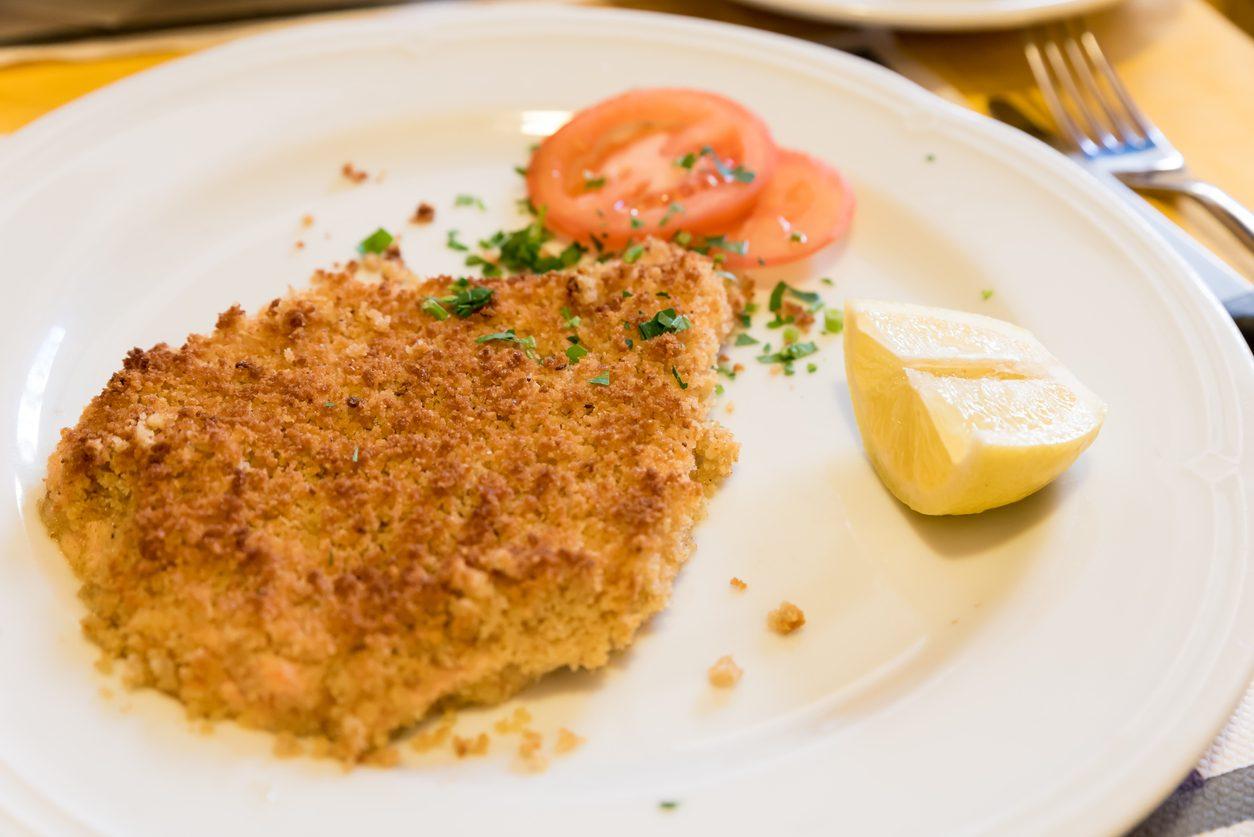 Cotoletta alla palermitana: la ricetta della carne panata leggera e saporita