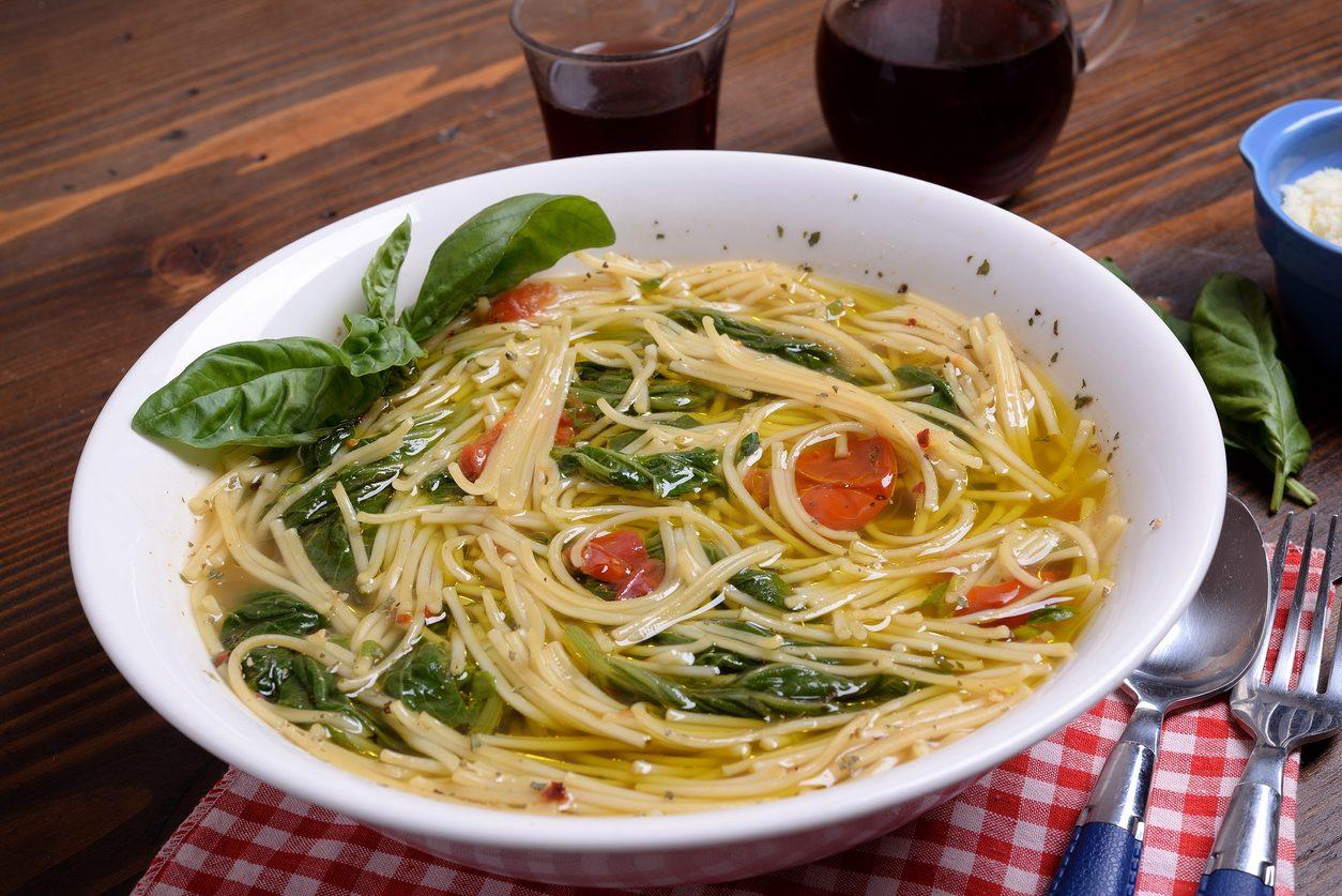 Pasta con i tenerumi: la ricetta della minestra estiva siciliana