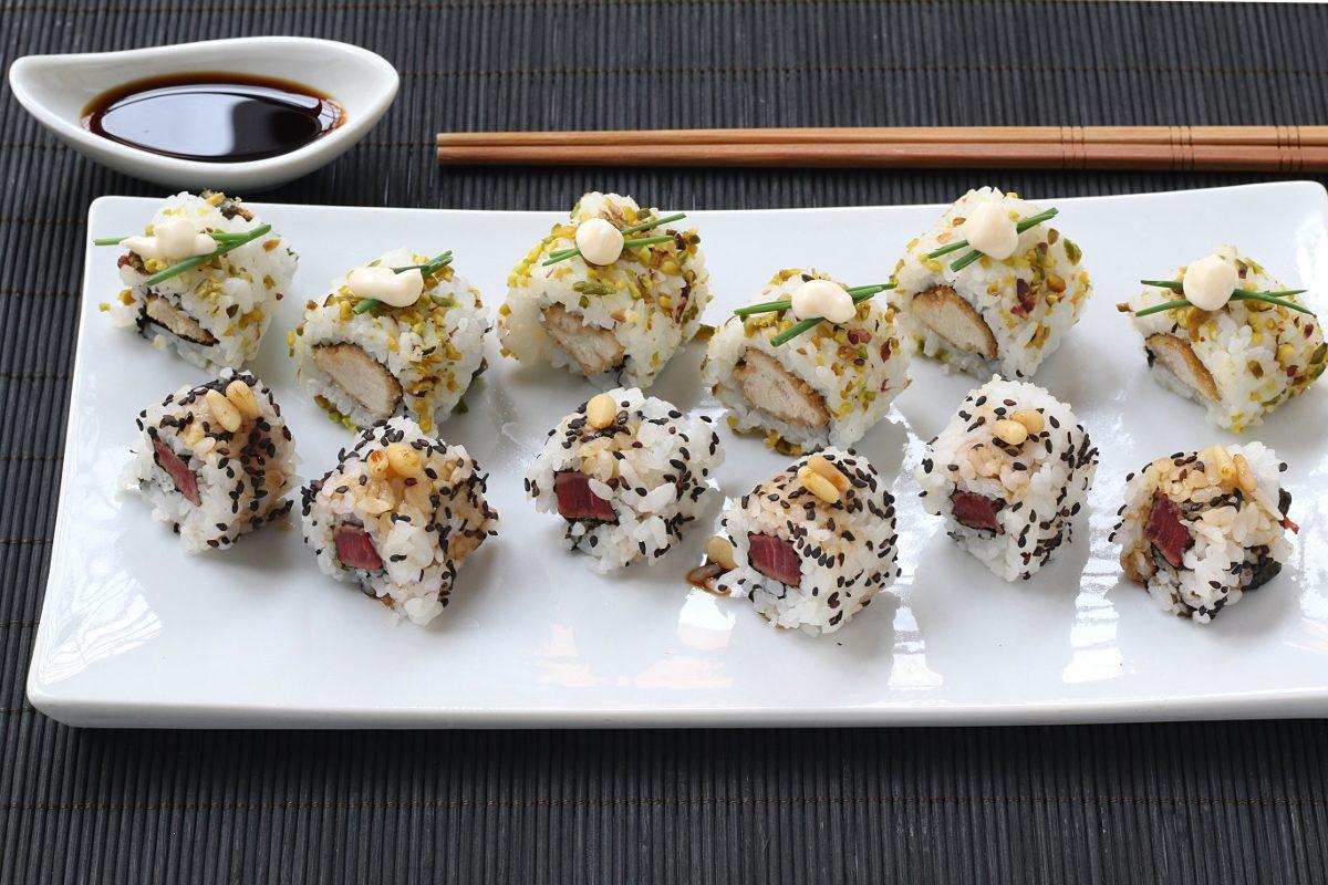 Sushi di carne: la ricetta sfiziosa e del sushi alternativo e saporito