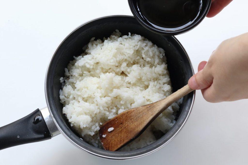 condire il riso per sushi