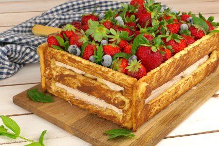 Torta cassetta di frutta: la ricetta del dolce originale e scenografico
