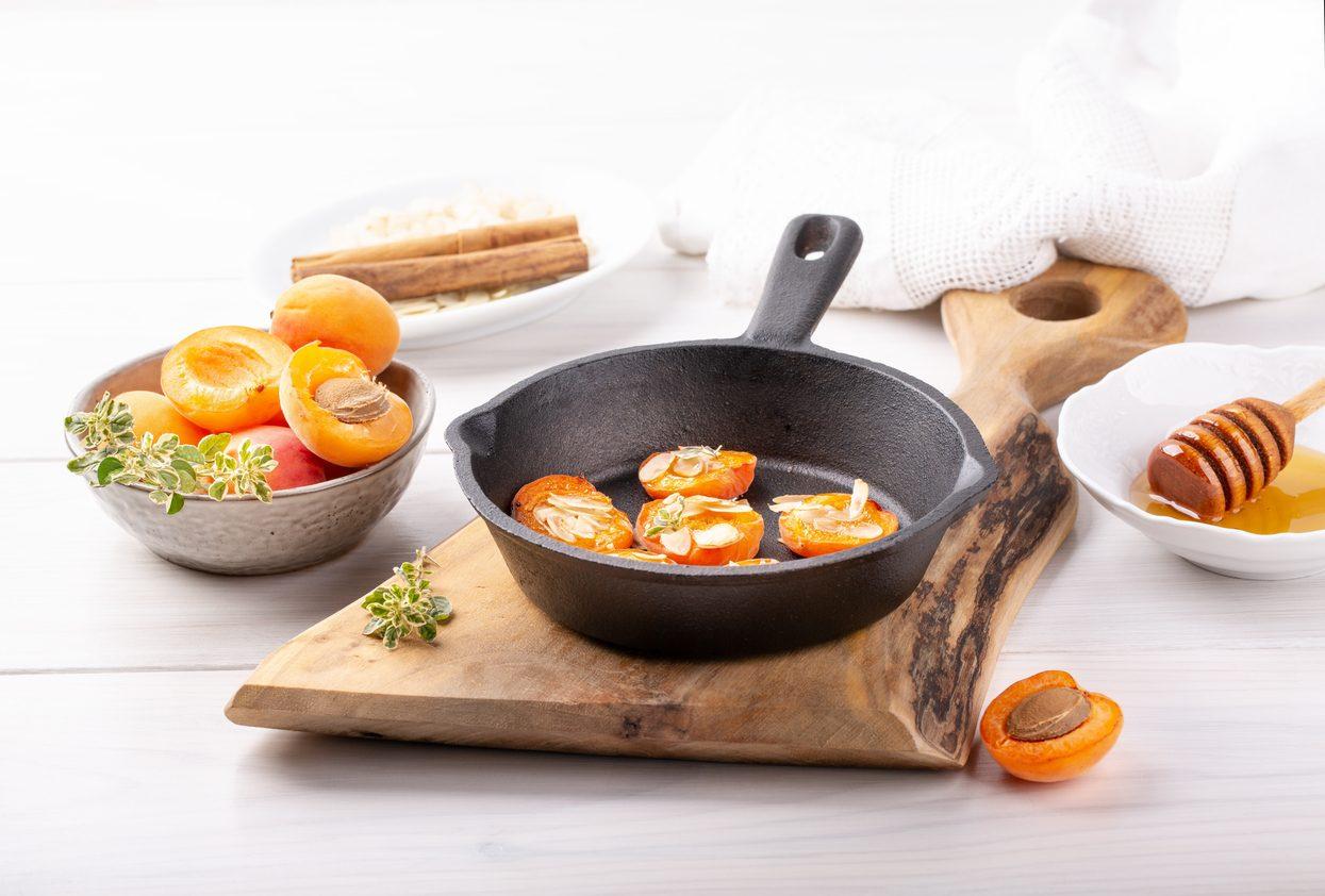 Albicocche al forno: la ricetta di un dolce sfizioso e molto originale