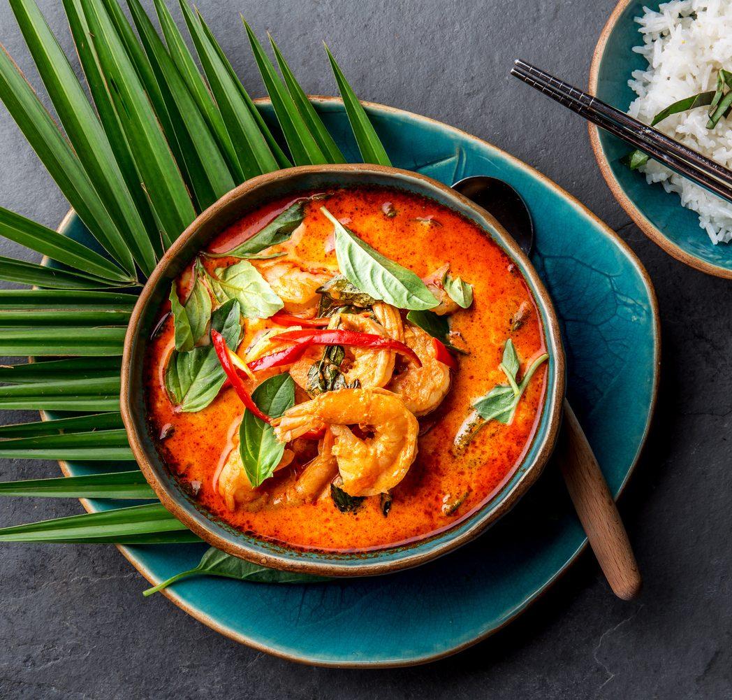 Gamberi thai: la ricetta della zuppa agrodolce thailandese