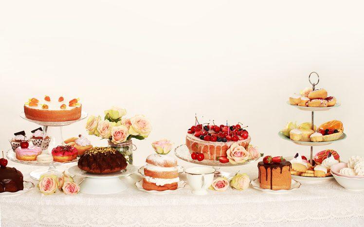 10 alzatine per dolci ideali per servire torte e pasticcini in tavola