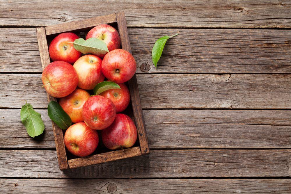 9 alimenti da usare per rendere i denti sani, forti e luminosi